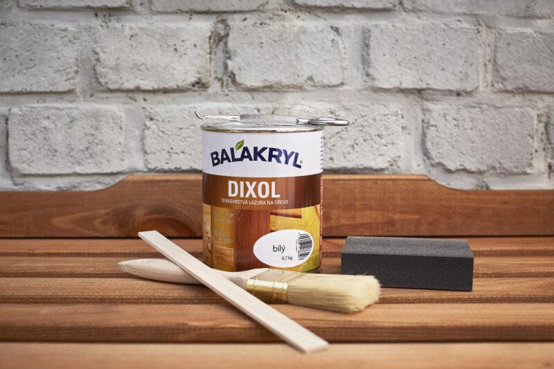 stolek-2_pomucky_balakryl_1592402129