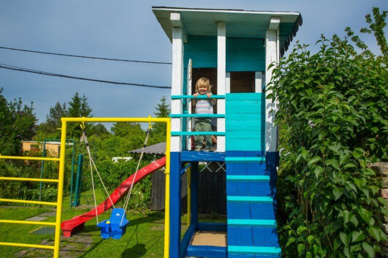 Dětské hřiště postavíte na zahradě za víkend