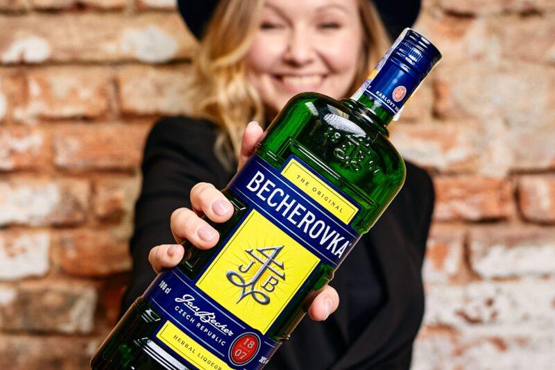 barbora-celuchova_becherovka-ambasador_12_1581513658