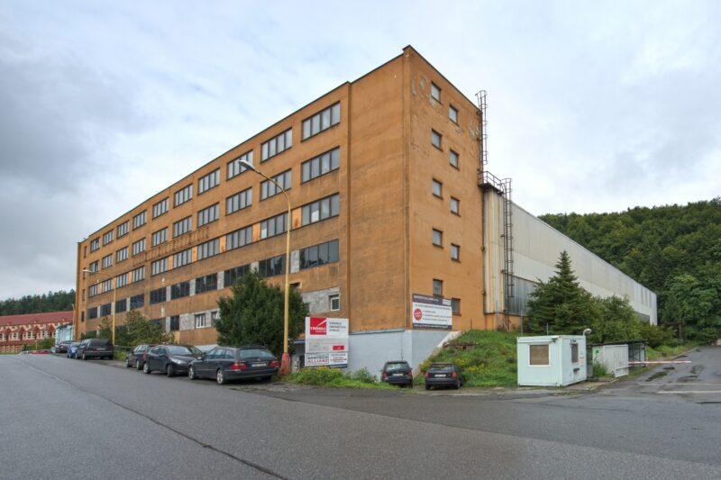 Výrobce stínicí techniky Climax koupil ve Vsetíně další výrobní halu