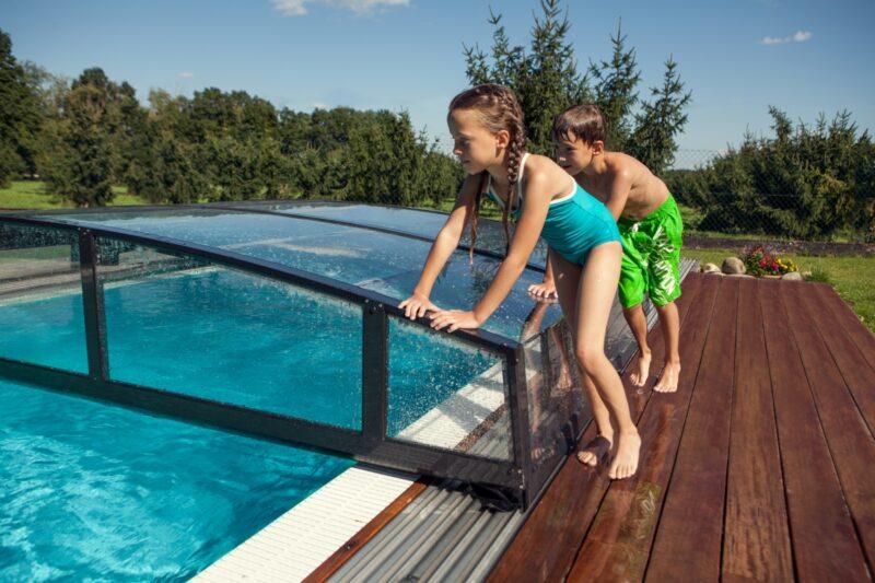 Tipy pro bezpečnější koupání v bazénu