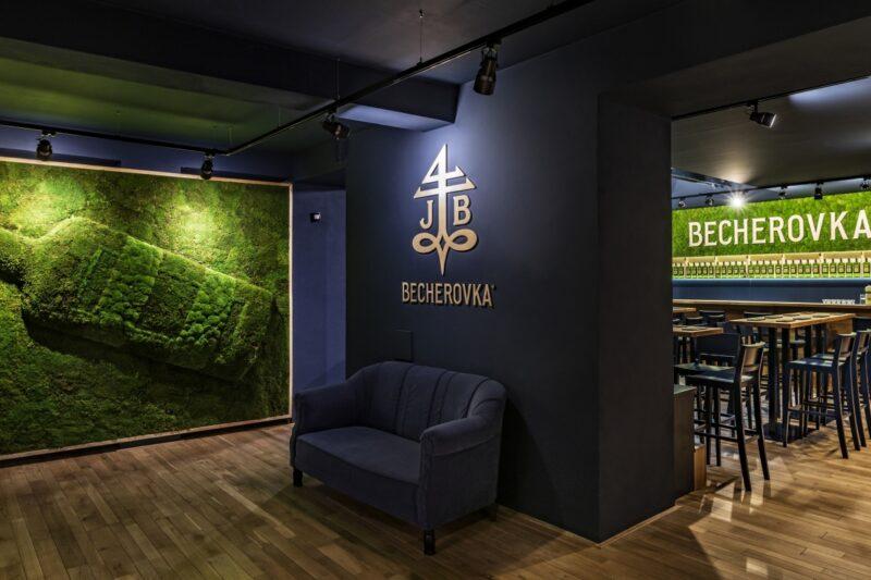 Becherovka znovu otevírá své Návštěvnické centrum