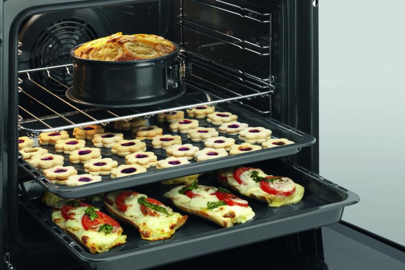 multifunctional-oven-plussteam-baking_1519916672