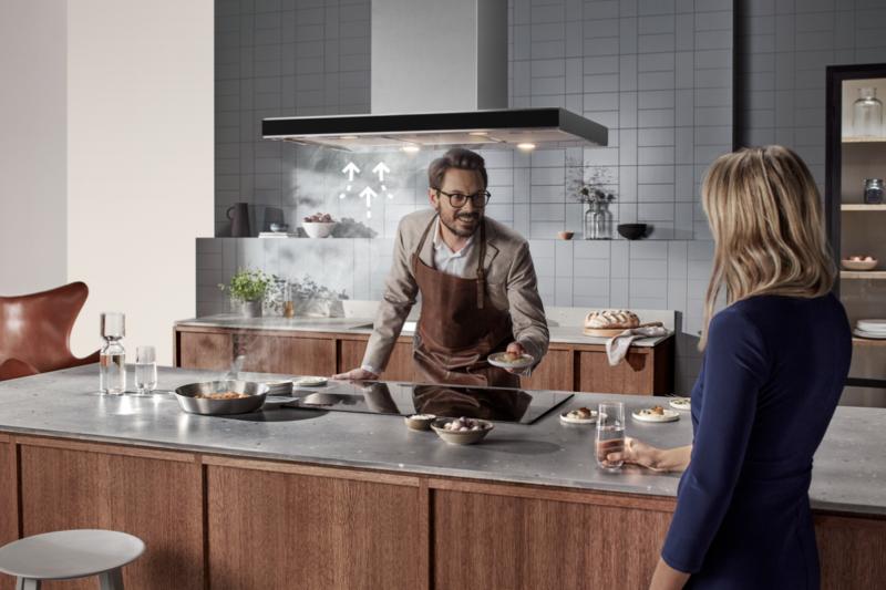 Odsavače par Electrolux přinášejí dokonalý soulad v kuchyni i pozoruhodně tichý provoz