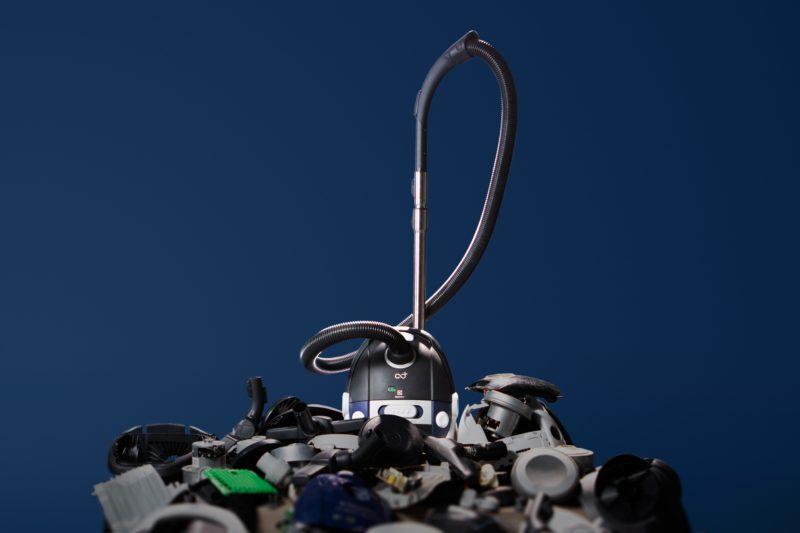 Electrolux představil vysavač vyrobený  ze 100% recyklovaných materiálů