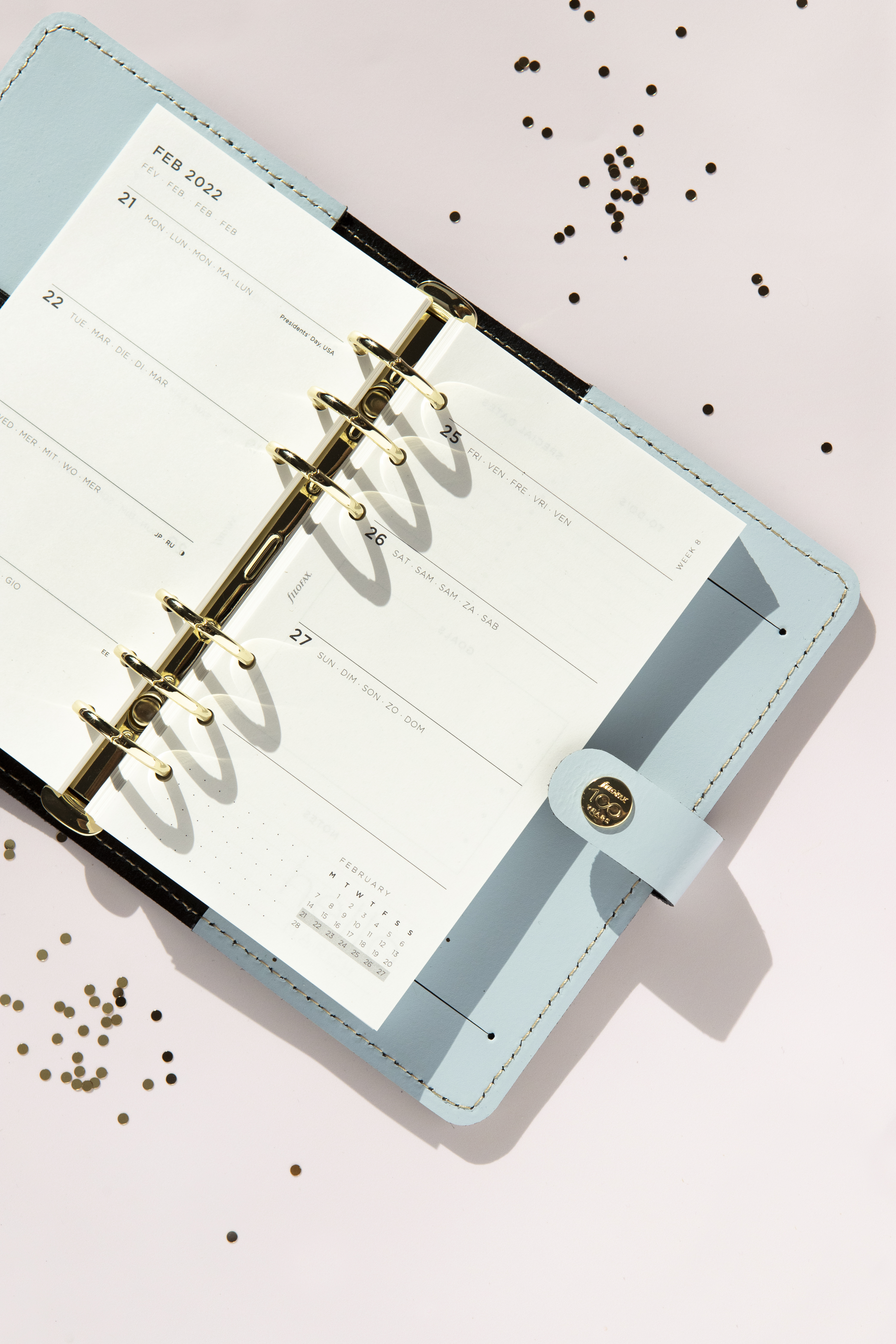 Filofax Centennial Collection Organiser 2022 Refill - The Original Organiser Personal Sky _SKU 029603_ - Double Page Spread view_Lifestyle image3