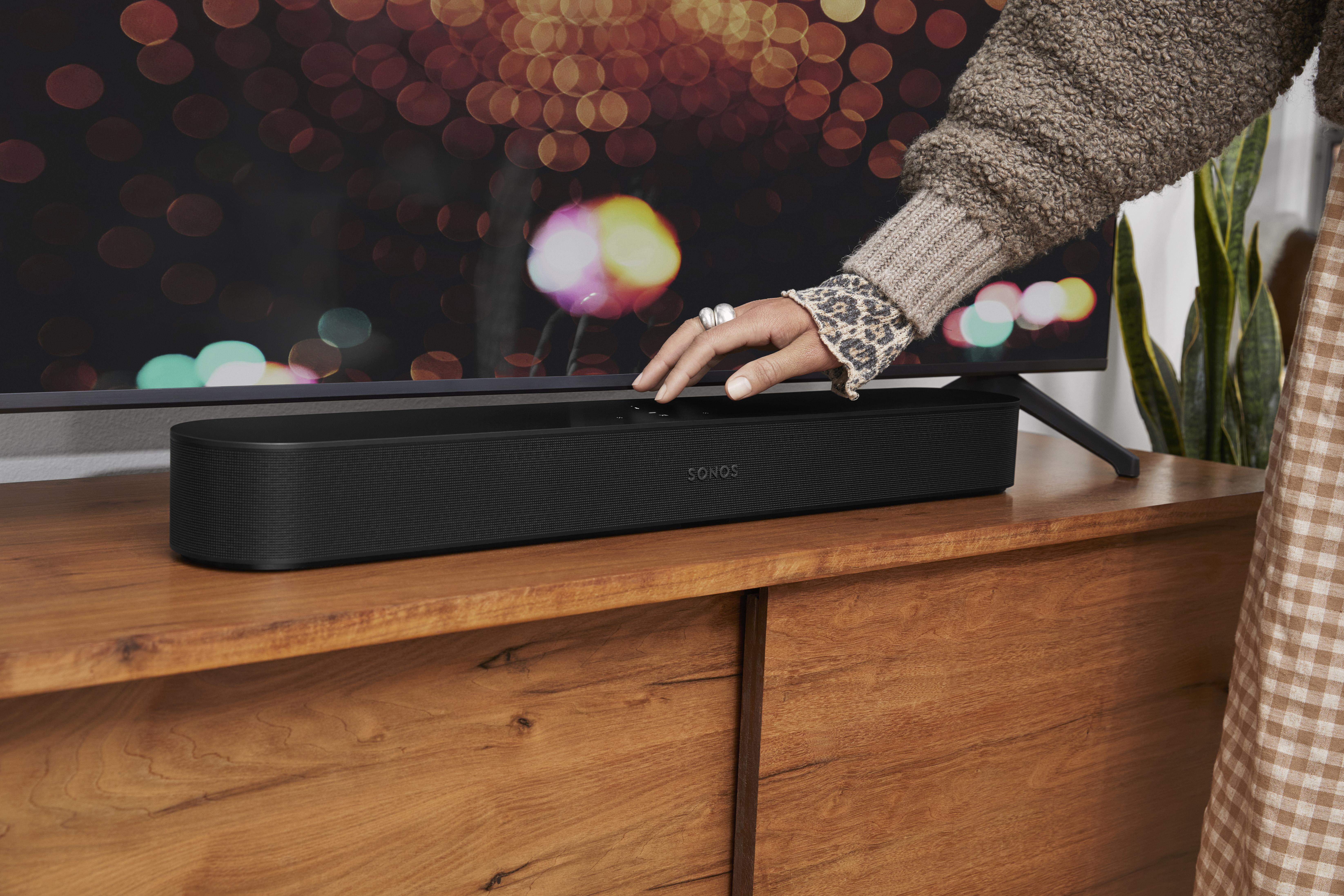 Sonos představuje Beam nové generace s podporou Dolby Atmos